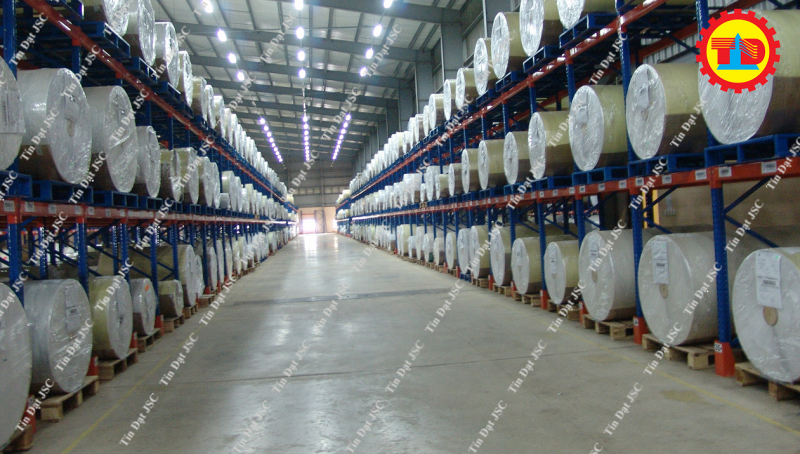 Dự án kệ chứa hàng dạng cuộn của Tín Đạt JSC